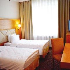 Гостиница Милан 4* Стандартный номер с 2 отдельными кроватями фото 3
