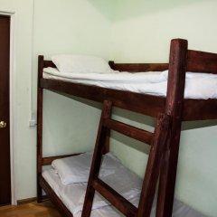 Хостел Лофт Кровать в мужском общем номере с двухъярусной кроватью