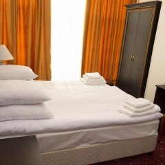 Гостиница Golden Стандартный номер комфорт с двуспальной кроватью фото 4