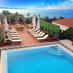 Hotel White Dahlia Чешме бассейн