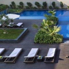 JW Marriott Hotel New Delhi Aerocity бассейн