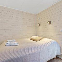 Отель Tromsø Camping Улучшенный коттедж с различными типами кроватей фото 11