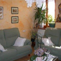 Отель Alojamiento Rural Ostau Era Nheuada комната для гостей