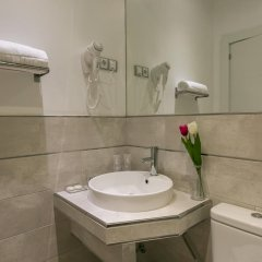 Отель Hostal Met Madrid ванная фото 2