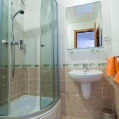 Гостиничный комплекс Турист 3* Улучшенный номер 2 отдельные кровати