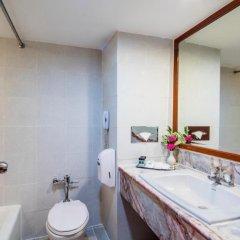 Bangkok Palace Hotel 4* Улучшенный номер с двуспальной кроватью фото 6