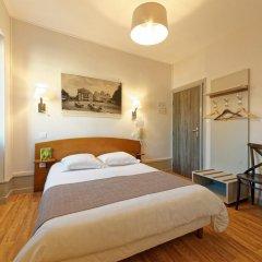 Отель Commerce et Touring 2* Стандартный номер с двуспальной кроватью фото 7