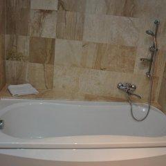 Vigo Grand Hotel 3* Улучшенный номер с двуспальной кроватью фото 7