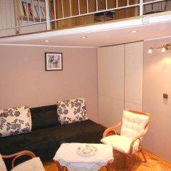 Апартаменты Spacious apartment in the Old Town комната для гостей фото 2