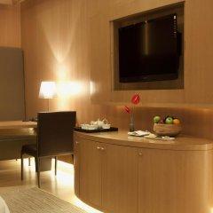 Отель The Roseate New Delhi 5* Номер категории Премиум с различными типами кроватей фото 3