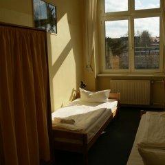 Happy Go Lucky Hotel + Hostel Берлин ванная фото 2