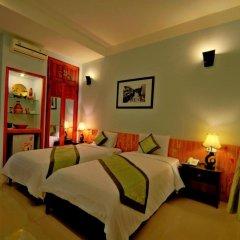 Отель Starfruit Homestay Hoi An 2* Стандартный номер с различными типами кроватей фото 9