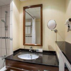 Отель Crowne Plaza Paris Republique 4* Стандартный номер с различными типами кроватей