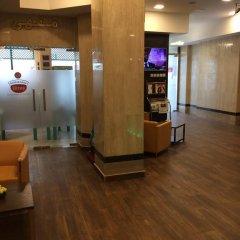 Отель Everest International Hotel ОАЭ, Дубай - 1 отзыв об отеле, цены и фото номеров - забронировать отель Everest International Hotel онлайн интерьер отеля фото 2