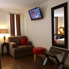 Отель Hôtel Little Regina 2* Стандартный номер с двуспальной кроватью фото 6