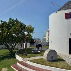 Отель Feels Like Home - Moinho do Mar near Ericeira парковка