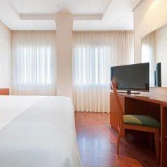 Отель TRYP Madrid Chamartin 3* Стандартный номер с различными типами кроватей фото 4