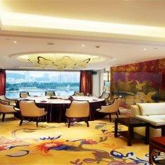 Отель Lakeside Hotel Xiamen Airline Китай, Сямынь - отзывы, цены и фото номеров - забронировать отель Lakeside Hotel Xiamen Airline онлайн питание фото 3