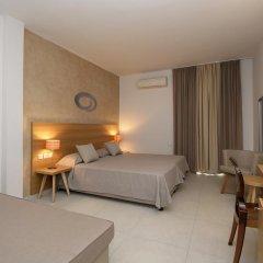 Golden Beach Hotel 4* Стандартный номер с различными типами кроватей фото 3