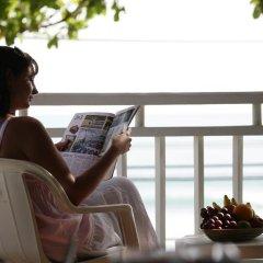 Отель Sunset Beach Resort 4* Номер Делюкс с двуспальной кроватью фото 6