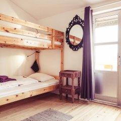 Lisbon Chillout Hostel Кровать в общем номере фото 21