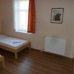 Отель Penzion Holiday 3* Апартаменты с различными типами кроватей фото 9