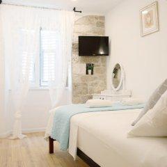 Отель Split Old Town Suites Номер Делюкс с различными типами кроватей фото 8