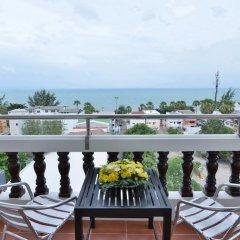 Отель Jomtien Thani Hotel Таиланд, Паттайя - 3 отзыва об отеле, цены и фото номеров - забронировать отель Jomtien Thani Hotel онлайн балкон