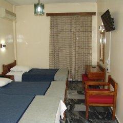 Cosmos Hotel 2* Стандартный номер с разными типами кроватей фото 2