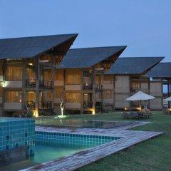 Отель Laya Safari бассейн