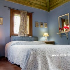 Отель La Torretta di Sotto Сан-Мартино-Сиккомарио комната для гостей фото 2