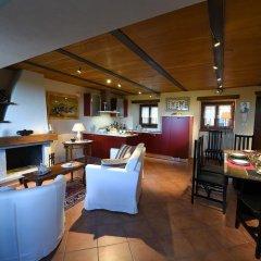 Отель Maison des Roses Боссоласко гостиничный бар