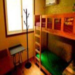 Отель Kimchee Hongdae Guesthouse Стандартный номер с различными типами кроватей (общая ванная комната) фото 3