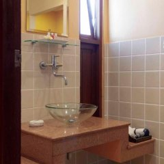 Отель The Pe La Resort Камала Бич ванная