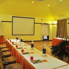 Отель Kyriad Prestige Calangute Goa Индия, Гоа - отзывы, цены и фото номеров - забронировать отель Kyriad Prestige Calangute Goa онлайн помещение для мероприятий фото 2