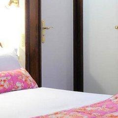 Royal Hotel Paris Champs Elysées 4* Стандартный номер с различными типами кроватей фото 3