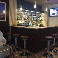 Отель Golden Tulip Varna Болгария, Варна - отзывы, цены и фото номеров - забронировать отель Golden Tulip Varna онлайн гостиничный бар