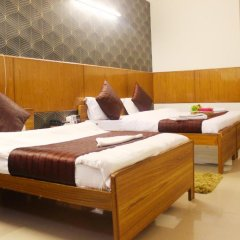 Отель Delhi Marine Club C6 Vasant Kunj Индия, Нью-Дели - отзывы, цены и фото номеров - забронировать отель Delhi Marine Club C6 Vasant Kunj онлайн комната для гостей фото 5