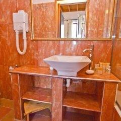 Отель Camelot Hotel Греция, Родос - отзывы, цены и фото номеров - забронировать отель Camelot Hotel онлайн ванная