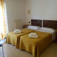 Отель Soggiorno Isabella De' Medici 3* Стандартный номер с различными типами кроватей (общая ванная комната) фото 4