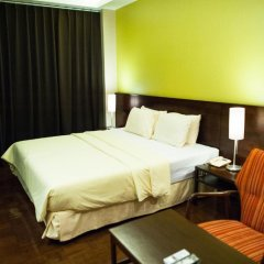Отель Baan Silom Soi 3 2* Улучшенный номер с разными типами кроватей фото 28