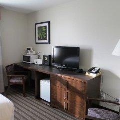 Отель Super 8 Saskatoon West удобства в номере фото 2