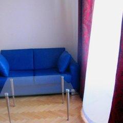Апартаменты Domino Apartments комната для гостей