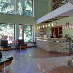 Гостиница Sanatoriy Karpatia Украина, Хуст - отзывы, цены и фото номеров - забронировать гостиницу Sanatoriy Karpatia онлайн интерьер отеля