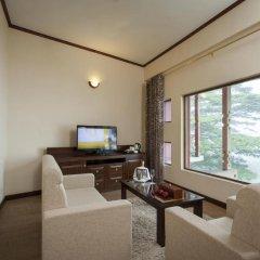 Отель Amaya Hills 4* Улучшенный номер с различными типами кроватей фото 3