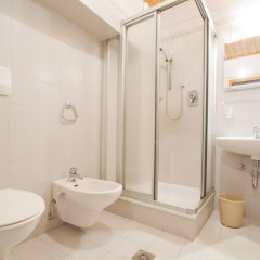 Отель Ferienwohnungen Brunnerhof Лана ванная