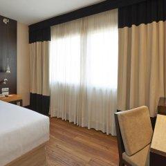 Отель NH Barcelona Stadium 4* Стандартный номер с двуспальной кроватью фото 4
