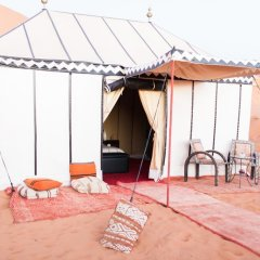 Отель Desert Luxury Camp Марокко, Мерзуга - отзывы, цены и фото номеров - забронировать отель Desert Luxury Camp онлайн комната для гостей фото 3