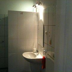 Апартаменты Caterina Private Rooms and Apartments Стандартный номер с различными типами кроватей (общая ванная комната) фото 27