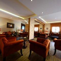 Отель Atwaf Suites интерьер отеля фото 2